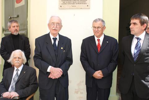Görgey Artúr prágai emléktáblájának felavatása