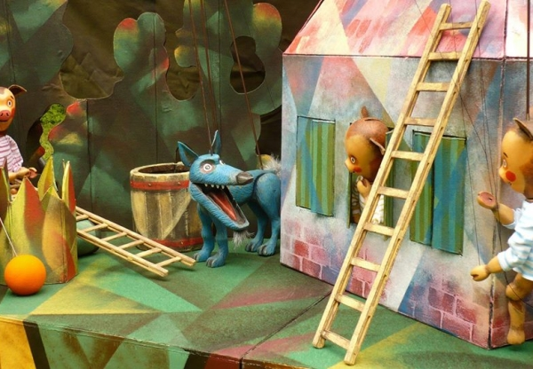 Prague / Three little piggies – puppet theater