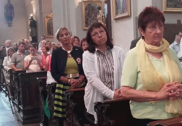 Újraindultak a magyar nyelvű katolikus szentmisék